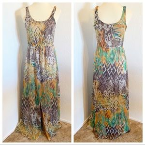 Willow & Clay Tribal Print Maxi Size XS GreenBrown